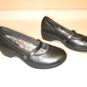 Skechers flexible memory foam s 6 gray shoes